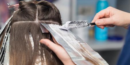 980 din za šatiranje kose na foliju za sve dužine kose +feniranje (ravno ili lokne)+pakovanje kose+gratis šišanje u FS S2 kod Hrama na Vračaru!