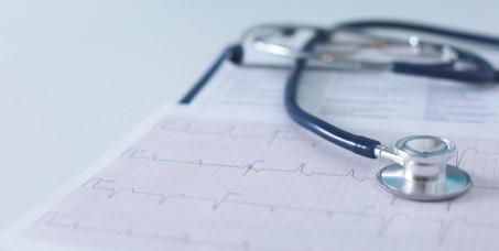 1900 din internistički pregled + EKG srca(kompletan pregled specijaliste interne medicine sa tumačenjem rezultata) u Poliklinici Oculus u centru Beograda!
