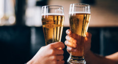 399 din za dva piva staropramen 0.5l+korišćenje nargile-Tebra Coffe na Vračaru!