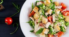 620 din za dve Cezar salate+dve palačinke /džem/eurokrem (ajzber,slanina,piletina,sir)-Restoran Magija-Kneza Miloša!