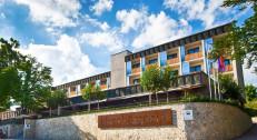 2400 din za vaučer za popust na dva noćenja sa doručkom za dve osobe i korišćenje Sauna Parka (do 3 sata) u hotelu ASTORIA 3* na Bledu za 200 evra!
