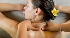 1390 din za spa relaks paket od tri masaže po 45 min za oba pola + gratis tri terapije ultrazvučnog razbijanja bolnih tačaka u SL Lady 9!