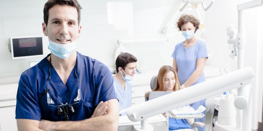 690 din za ultrazvučno uklanjanje kamenca sa poliranjem obe vilice + gratis stomatološki pregled-Kruna Dent-Vračar!!