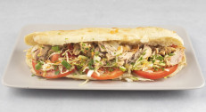 520 din za Pečorest obrok sendvič od piletine za dve osobe + 2 urmašice u restoranu Kod starog mosta!