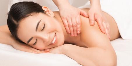 """690 din za terapeutsku masažu za oba pola (30 min) u novootvorenom salonu """"Monami beauty"""" u Bulevaru Kralja Aleksandra!"""