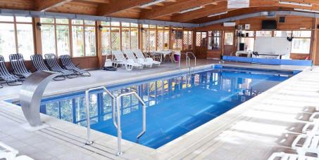 4850 din za spa relax paket za uživanje dnevni odmor za dvoje u trajanju od 8h+gratis šampanjac+voće(korišćenje zatvorenog bazena, jakuzzi, sauna)-Hotel Ravni Gaj***!