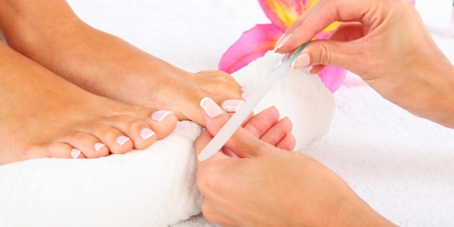 490 din za spa estetski pedikir+gratis masaža stopala (sređivanje,kupka,piling,lakiranje)-SL Big Love-Bežanijska kosa!