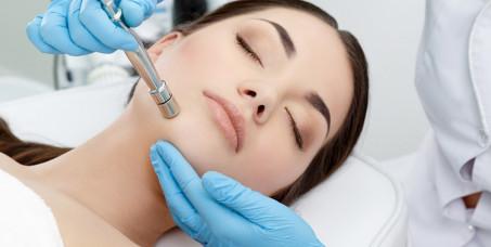 990 din za tretman mikrodermoabrazije lica u salonu Katarina na Voždovcu!