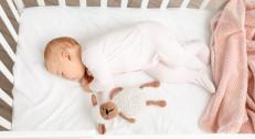 2450 din za dubinsko čišćenje i dezinfekciju bebi opreme (krevetac,kolica,auto sedište)!