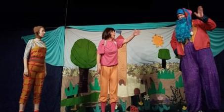 """300 din za kartu za dečiju predstavu  """"Dorine avanture"""" na Sceni za decu Akademije 28 na Slaviji!Termin predstave je 23.10. u 17h!"""