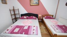 4500 din za tri noćenja za dve osobe u apartmanu sa kuhinjom, kupatilom, TV, internetom u Apartmanu Lukić-Sokobanja! Rezervacije za oktobar!